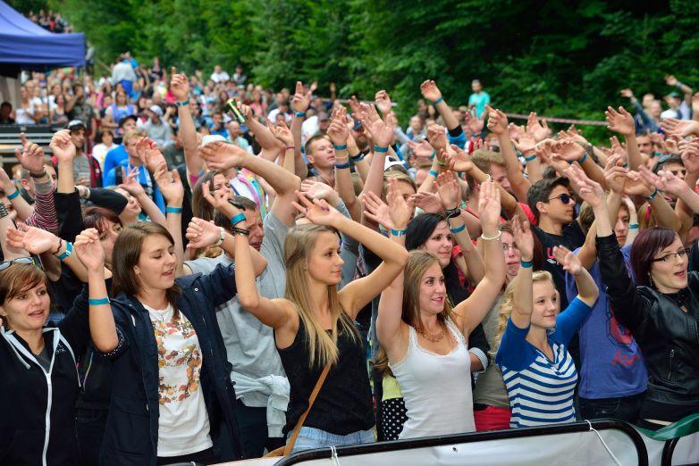 Skvělá muzika, dobrá nálada a rekordní počet návštěvníků – to byl Horečky fest 2015!
